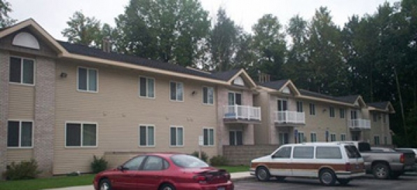 management two bedroom apartments in clare michigan three bedroom